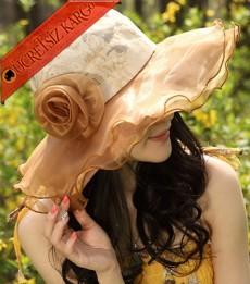 * İri Çiçekli Retro Beyan Şapka Kahve