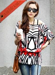 * Geometrik Şekilli Japon Kısa Kol Bluz