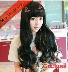 * siyah kaküllü uzun saç peruk