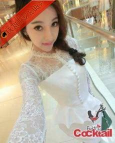 * Düğmeli Japon Dantel Kol Gece Elbise Beyaz