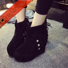 * Arka Bağcıklı Platform Topuk Çizme 35-39 Siyah
